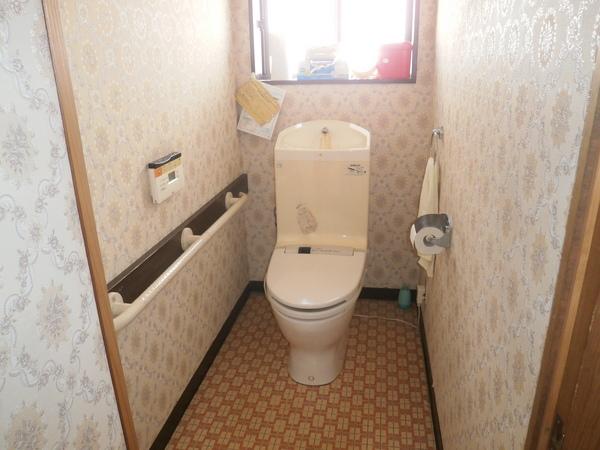 フルオート便座トイレ