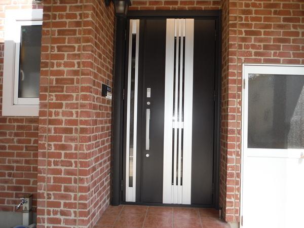 玄関ドアを閉めたまま彩風